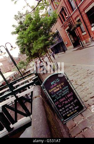 Canal Street cafe-bar sign - Stock Photo