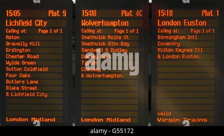 Train destination boards in New Street railway station, Birmingham, England, UK, Western Europe. - Stock Photo