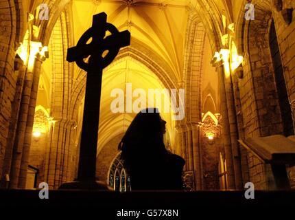 Madonna fan Dornoch Cathedral - Stock Photo
