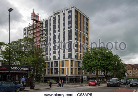 Sutherland House recladding - Sutton - Stock Photo