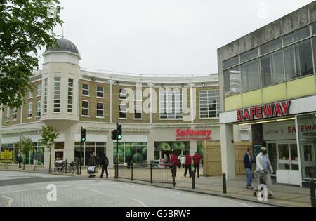Safeway supermarket - Stock Photo