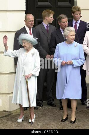 The Queen Mother101st Birthday - Stock Photo