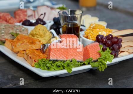 Platter, Carrick Winery, Bannockburn, near Cromwell, Central Otago, South Island, New Zealand - Stock Photo