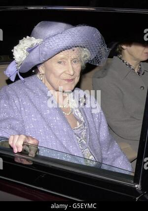 Queen Elizabeth The Queen Mother leaves Clarence House in London by car, as she starts her journey to the Castle of Mey in Scotland, for her annual holiday. The Queen Mother traditionally spends the first part of her holiday at her castle on the north coast of Scotland. * ... before heading south to join her daughter (Britain's Queen Elizabeth II) and family at Balmoral. *08/08/2001...Queen Elizabeth, The Queen Mother leaves Clarence House in London by car, as she starts her journey to the Castle of Mey in Scotland, for her annual holiday. The Queen Mother was beginning her summer break in