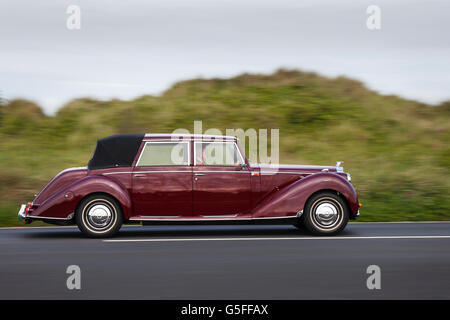 Royale Windsor Landaulette 1940's Bentley type en-route to Southport's beautiful Victoria Park, in Merseyside, UK, - Stock Photo
