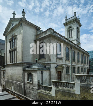 St Andrew Holborn, London: east end and north wall - Stock Photo