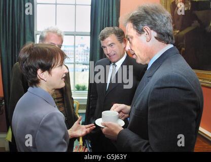 British Prime Minister Tony Blair (R) - Stock Photo
