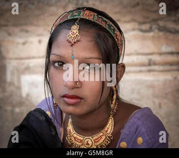 Young woman in traditional sari, Pushkar, Rajasthan, India - Stock Photo
