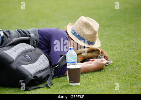 22.06.2016 Eastbourne, England. Aegon International Eastbourne Tennis Tournament A spectator having a nap at Devonshire - Stock Photo