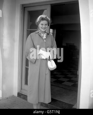 Royalty - Princess Margarita of Baden - London Airport