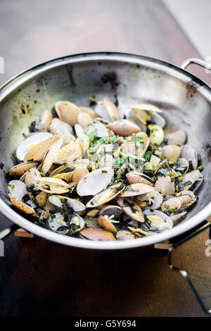 steamed fresh moules mussels in garlic lemon white wine and olive oil portuguese traditional bulhao pato style - Stock Photo