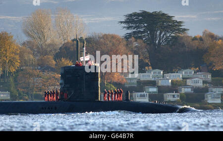 HMS Trafalgar Runs Aground - Stock Photo