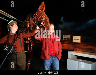 War horse puppet on Wembley turf - Stock Photo