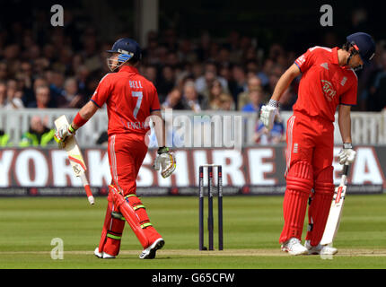 Cricket - First NatWest One Day International - England v New Zealand - Lord's - Stock Photo