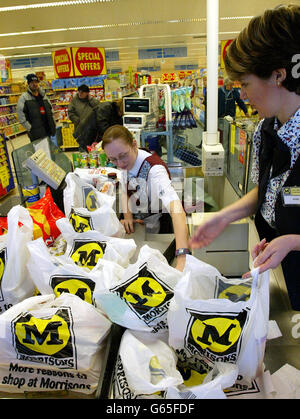 morrisons takeover safeway stakeholders Safeway is an upmarket retailer, while morrisons operates on a pile-it-high   always felt the proposed merger was in the best interests of our members  and  not influenced by billionaire owners, politicians or shareholders.
