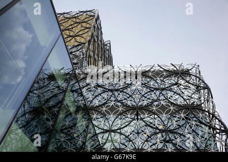 The Library of Birmingham, UK, opened in 2013 and designed by Francine Houben of Mecanoo Architecten. - Stock Photo