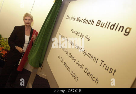 Actress Dame Judi Dench officially opens the Iris Murdoch Centre for Dementia at Stirling University, having played - Stock Photo