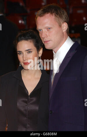 ORANGE BAFTAS Connelly & Bettany - Stock Photo