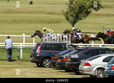 Horse Racing - Coral-Eclipse Day - Sandown Park - Stock Photo