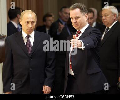 Vladimir Putin visits Edinburgh - Stock Photo