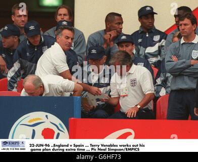 22-JUN-96 .England v Spain. Terry Venables works out his game plan during extra time