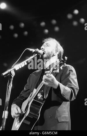 Music - The Who - Pete Townshend - NEC - Birmingham - Stock Photo