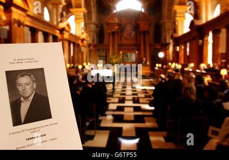 Terry Lloyd Memorial - St Brides Church, London - Stock Photo