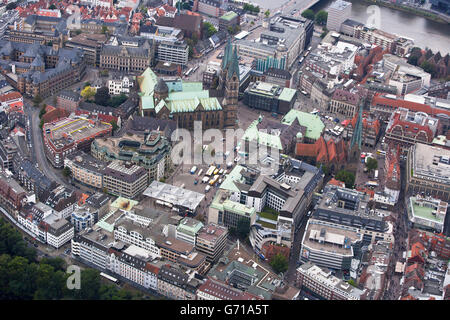 St Petri Cathedral, townhall, Weser river,  Bremen city centre, Germany - Stock Photo