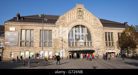 bielefeld railway station stock photo royalty free image 34066717 alamy. Black Bedroom Furniture Sets. Home Design Ideas