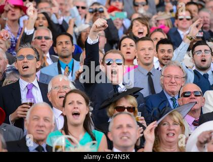 Horse Racing - The Royal Ascot Meeting 2014 - Day One - Ascot Racecourse - Stock Photo