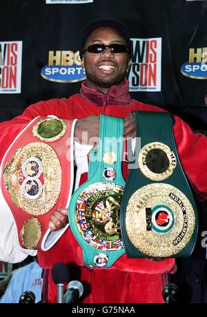 Boxing - Heavyweight Title - Lennox Lewis v Mike Tyson - Pyramid Arena - Stock Photo