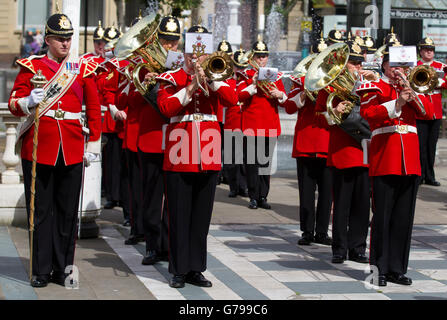 Southport, Merseyside, UK. 26th June, 2016. Armed Forces Day as British army soldiers in the Band of The King's - Stock Photo