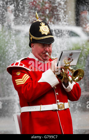 Southport, Merseyside, UK. 26th June, 2016. Trumpeter on Armed Forces Day as British army soldiers in the Band of - Stock Photo