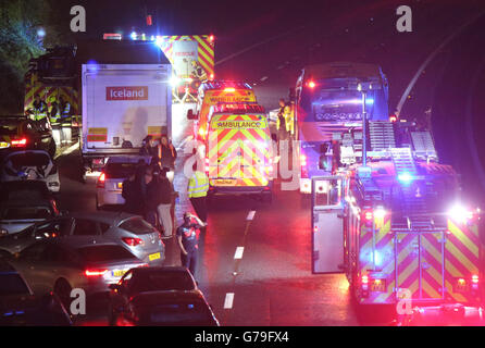Fareham, Hampshire, UK. 26th June, 2016. Motorway Chaos after car flips shutting MotorwayThe westbound carriageway - Stock Photo