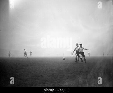Soccer - League Division Two - Fulham v Brentford - Craven Cottage - Stock Photo