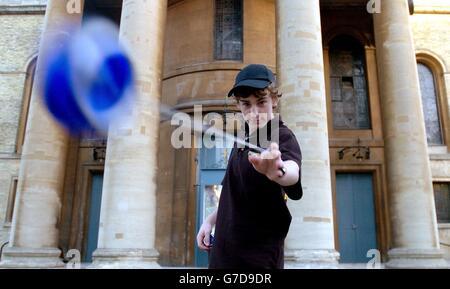 'Power Yo' yo-yo 'Dream Toys 2004' - Stock Photo