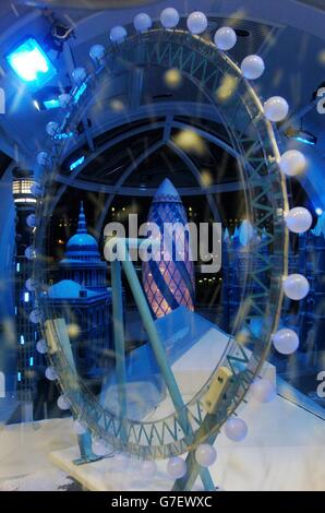 The London Eye's snow globe - Stock Photo