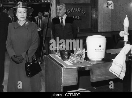 Royalty - Queen Elizabeth II - BBC Pebble Mill Studios, Birmingham - Stock Photo