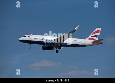 British airways Airbus 320-232 flying into London Heathrow Airport.  SCO 10,376. - Stock Photo