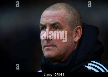 Soccer - Sky Bet Championship - Wolverhampton Wanderers v Brentford - Molineux - Stock Photo