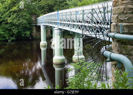 The popular 19th century Deepdale Aqueduct, and footbridge, Barnard Castle, Teesdale, County Durham, England, UK - Stock Photo