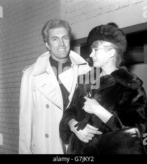 Entertainment - Anita Ekberg and Rik Van Nutter - London Airport - Stock Photo