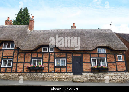 Thatched Cottages On Market Place Market Bosworth Leicestershire UK - Stock Photo