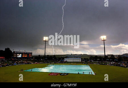 Cricket - England v Souh Africa - Third day of the fifth test - Centurion Park - Stock Photo