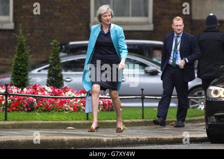 London, UK. 27th June, 2016. Theresa May, Home Secretary arrives for the Conservative Party EU emergency Cabinet Meeting in Downing Street, London, UK Credit:  Jeff Gilbert/Alamy Live News