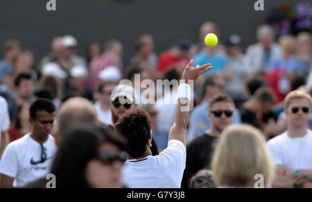 Wimbledon, London, UK. 27th June, 2016. AELTC Tennis Championships at Wimbledon London UK Views around the AELTC grounds during the championships Credit:  Leo Mason sports photos/Alamy Live News