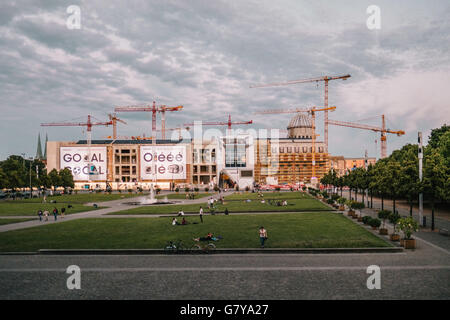 Berlin, Germany. 27th June, 2016. The construction of the Berlin City Palace, June 28, 2016. Photo: picture alliance/Robert - Stock Photo