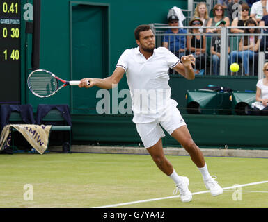 London, UK. 28th June, 2016. The Wimbledon Tennis Championships Day Two. Number 12 seed, Jo-Wilfried Tsonga (FRA) - Stock Photo