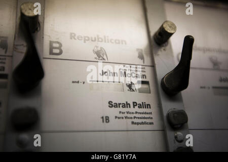 View inside a voting booth used in the 2008 US general election in Harlem, New York, NY, United States, 4 November - Stock Photo