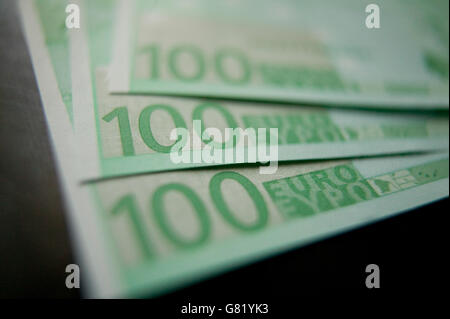 Three green one hundred Euro bank notes. The 13-nation euro bought $1.4655 in late New York trading, 14 November - Stock Photo